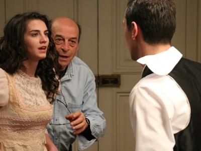 Μανούσος Μανουσάκης: Ετοιμάζει ντοκιμαντ...