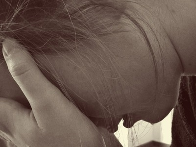 Πατέρας κατηγορείται ότι εξέδιδε τη 16χρονη κόρη του!