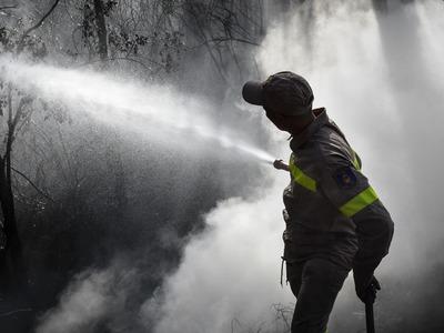 «Καμπανάκι» για φωτιά το Σάββατο – Που απαγορεύεται η κυκλοφορία