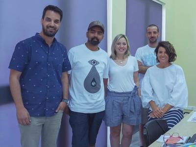 Η πενταμελής ομάδα που σχεδίασε το look των Μεσογειακών