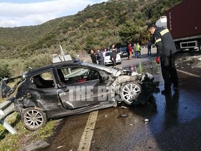 Ο νεαρός πετάχτηκε έξω από το όχημα μετά τη σύγκρουση