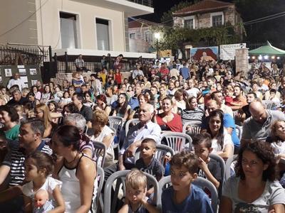 Πάνω από 15 χιλιάδες οι επισκέπτες της Αγροτικής Έκθεσης Χαλανδρίτσας – ΔΕΙΤΕ ΦΩΤΟ