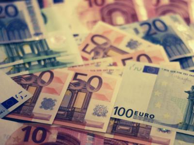 """35εκ. ευρώ πήραν το 2018 τα ΜΜΕ από τις τράπεζες –ΔΕΙΤΕ τους """"πρωταθλητές""""- ΓΡΑΦΗΜΑΤΑ"""