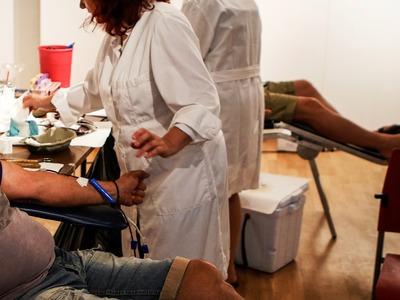 Ρεκόρ συμμετοχής στην εθελοντική αιμοδοσ...