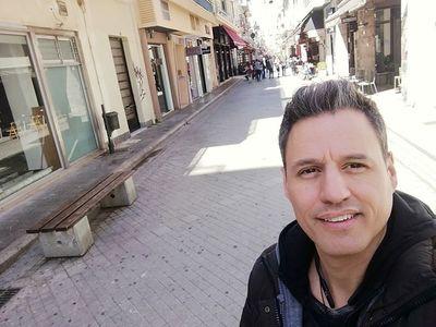 Ομοφοβικό ξέσπασμα του Γρ. Πετράκου για καμπάνια κατά του AIDS