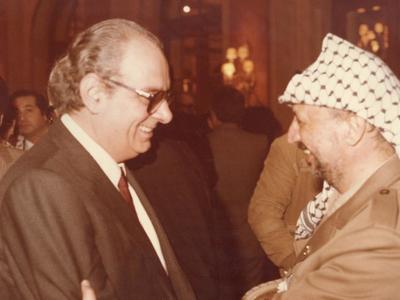 Ο Ασημάκης Φωτήλας με τον Γιάσερ Αραφάτ