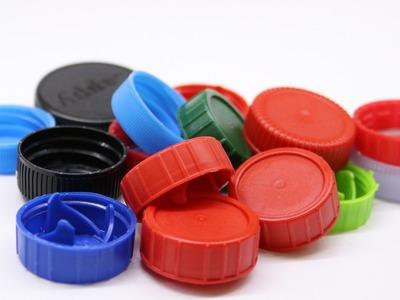 18.690 κιλά πλαστικά καπάκια συγκέντρωσαν 22.034 μαθητές από 180 σχολεία της Αχαΐας!