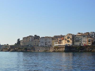 Άνεργος από τη Λάρισα προσελήφθη από την Αποκεντρωμένη στην Κέρκυρα, αλλά τον έδιωξαν μόλις εγκαταστάθηκε στο νησί
