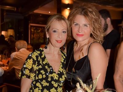 H πρόεδρος του Ομίλου Μαρία Ασημακοπούλου με την ζαχαροτέχνη Χρυσή Μουράτ Σεβαστιάδου