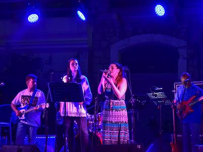 Πάτρα: Mία μαγευτική βραδιά από τους Ερασιτέχνες Τhe Band στην Ευρωπαική Γιορτή της Μουσικής