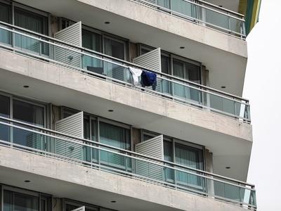 Αυτό είναι το ξενοδοχείο που παραμένει α...