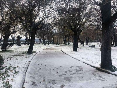 Χιόνισε στην πόλη της Κέρκυρας μετά από 13 χρόνια! ΕΝΤΥΠΩΣΙΑΚΕΣ ΦΩΤΟ
