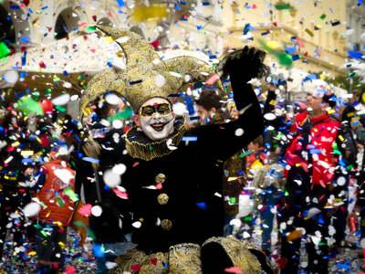 Πατρινό Καρναβάλι: ΔΕΙΤΕ το ΒΙΝΤΕΟ για τ...