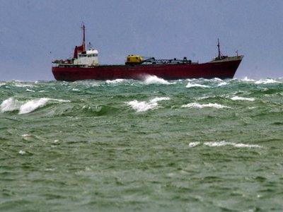 Ακυβέρνητο πλοίο στη θαλάσσια περιοχή μεταξύ Καλύμνου-Αστυπάλαιας