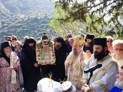 Γιορτάστηκε η απόδοση της Κοίμησης Θεοτόκου στη Μητρόπολη Πατρών - ΦΩΤΟ