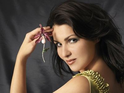 Aννα Νετρέμπκο: Η ρωσίδα super star της ...
