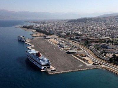 Μέτρα και στο λιμάνι της Πάτρας λόγω κορ...