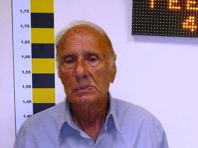 Αυτός είναι ο 81χρονος που θώπευε ανήλικη ΑμεΑ στο Βόλο
