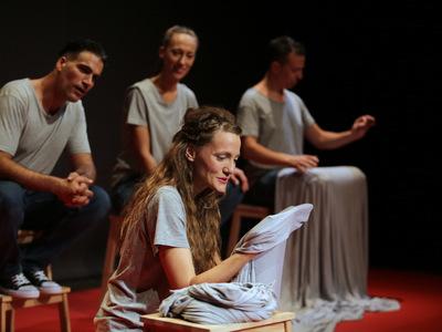 Δύο τελευταίες παραστάσεις για το ευρύ κοινό, για τη «Ροδή και το χρυσό βεργί» στο Επίκεντρο+