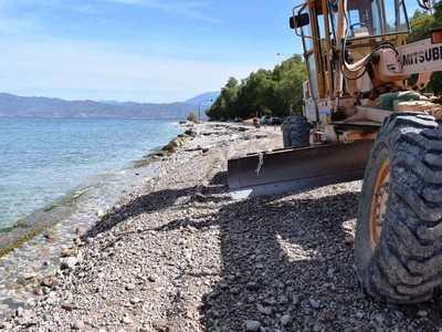 Ο Δήμος Πατρέων καλείται για εξηγήσεις μετά τις παρεμβάσεις σε ακτές