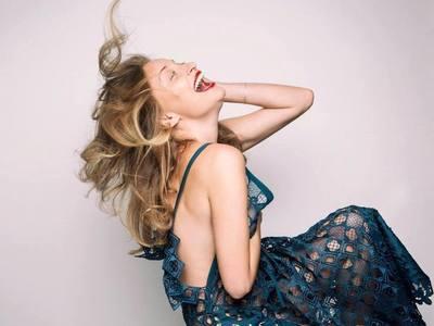 """Διπλό χτύπημα από την πατρινή ηθοποιό Λένα Δροσάκη με """"Όνειρο καλοκαιρινής νύχτας"""" και """"Έντα Γκάμπλερ"""""""