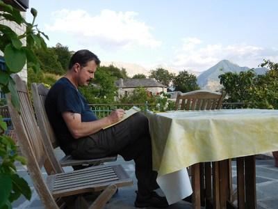 Πάτρα: Παρουσιάζεται το «Ηπειρώτικο μοιρολόι» του Κρίστοφερ Κινγκ