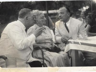 Ο Αριστοτέλης Φωτήλας (δεξιά) με φιλικό του ζευγάρι