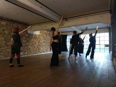 Πάτρα: Σεμινάριο σύγχρονου χορού το σαββατοκύριακο