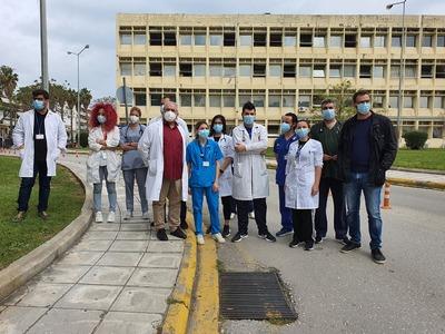 """Πάτρα: """"Στα κάγκελα"""" με την απόφαση της 6ης ΥΠΕ για τις μετακινήσεις γιατρών από Ρίο και Αγ. Ανδρέα για εφημερίες στο νοσοκομείο Πύργου"""