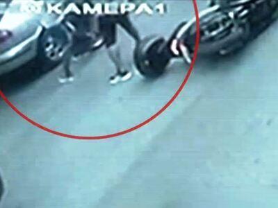 Βίντεο-ντοκουμέντο: Αδέσποτη σφαίρα χτύπ...