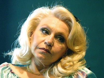 Τιτίκα Στασινοπούλου: Ο Νίκος Σεργιανόπουλος έχω την εντύπωση πως πήγαινε γυρεύοντας