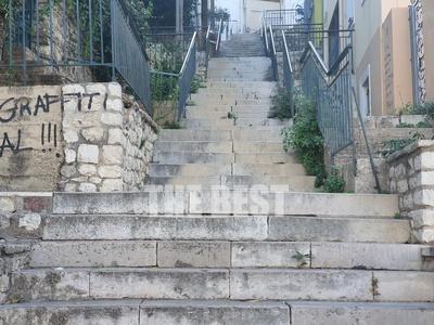 Οι σκάλες που αξίζει να περπατήσεις έστω...
