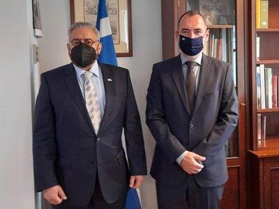 Ο Υφυπουργός Εξωτερικών Ανδρέας Κατσανιώ...