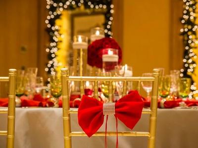 Κουφέτα μέσα στις γιορτές; Η Άννα Μαρία Ρογδάκη μιλάει για Christmas weddings