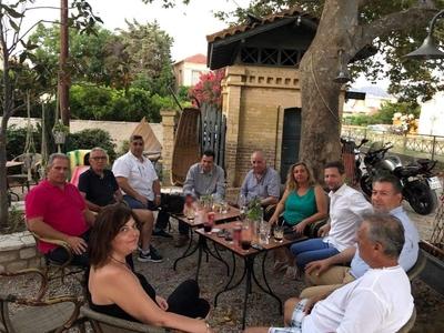 Συνάντηση μελών του σπιράλ με το Τοπικό ...