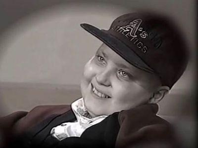 """Η ιστορία του μικρού Ανδρέα που άφησε πίσω του """"Το χαμόγελο του παιδιού"""" -23 χρόνια από το όραμά του - ΒΙΝΤΕΟ"""