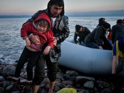 Μυτιλήνη: Βάρκα με 32 πρόσφυγες και μετανάστες έφτασε στην παραλία Παλιός του Μανταμάδου