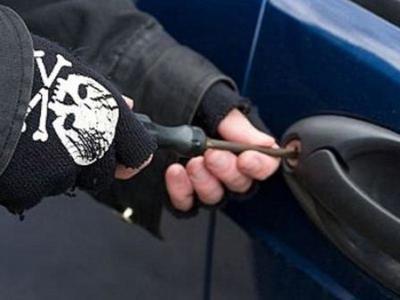 Πάτρα:Σύλληψη αλλοδαπού για  απόπειρα διάρρηξης αυτοκινήτου