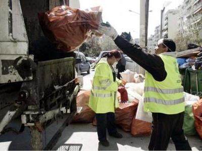 Πάτρα: Καθάρισε η πόλη απο τα απορρίμματα των Απόκρεων