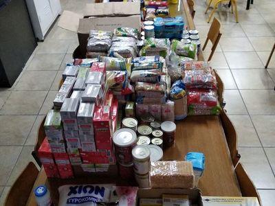 Γέμισαν τρόφιμα για τους πρόσφυγες τα γραφεία της Κίνησης υπεράσπισής τους στην Πάτρα