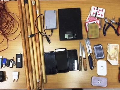 Έφοδος σε κελιά κατηγορούμενων για τρομοκρατία - Βρήκαν από χάπια μέχρι αυτοσχέδια όπλα