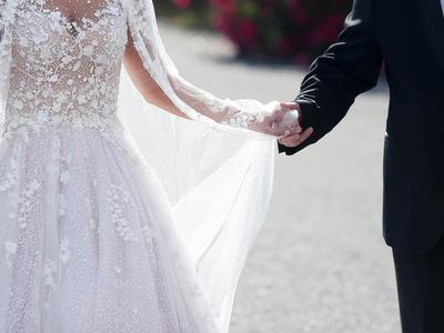 Γάμοι και βαπτίσεις εν μέσω κορωνοϊού: Τ...