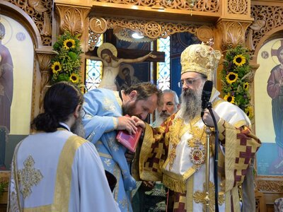 Μητροπολίτης Πατρών: «Oι ιερείς μας στηρ...