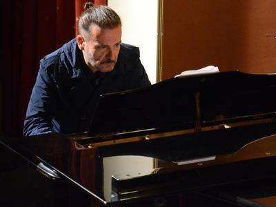 Παρουσιάζεται στο act η νέα δουλειά του Πατρινού συνθέτη Γιώργου Δίπλα