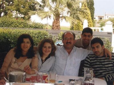 Ο Γιώργος Μάρκου με την οικογένειά του στην Πάτρα