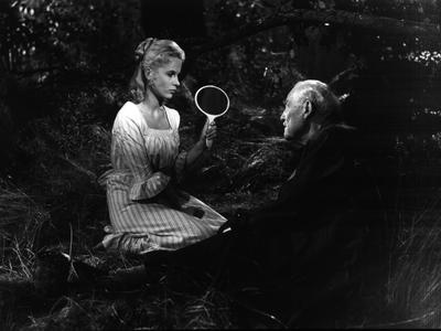 Οι αριστουργηματικές «Άγριες Φράουλες» του Μπέργκμαν τη Δευτέρα 11 Νοεμβρίου, στην Κινηματογραφική Λέσχη Πατρών