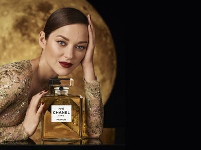 Chanel No5: Ταινία με Παρίσι, φεγγάρι κα...