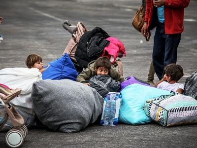 ΚΥΣΕΑ: Μεταφέρονται χίλιοι πρόσφυγες από τη Μόρια