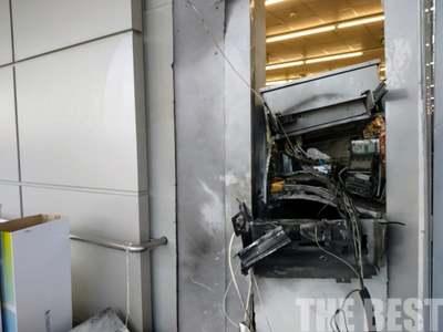 Πάτρα: Περίπου 60.000 ευρώ άρπαξαν από το ΑΤΜ που το ανατίναξαν στην Οβρυά- Αναζητούνται οι δράστες