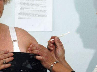 Τα εμβόλια της γρίπης και της πνευμονίας...